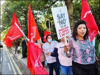 Unite members protest outside Whipps Cross Hospital against the Tory NHS pay offer, 25.08.21. Photo: Isai Priya