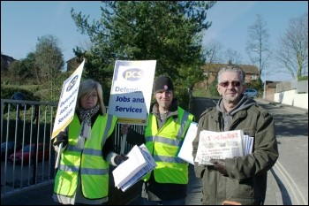 PCS strike in Southampton, photo Southampton Socialist Party