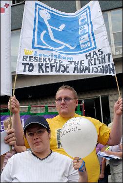 Lewisham demonstration against destructive school policies, photo Paul Mattsson