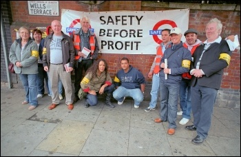 RMT and TSSA members at Finsbury Park London Underground on strike, photo by Paul Mattsson
