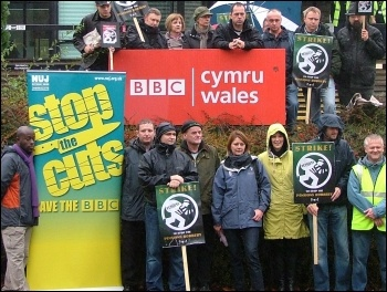 Cardiff BBC NUJ members on strike over attacks on pensions, photo Dave Reid
