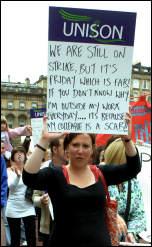 Glasgow Social Workers on strike , photo Duncan Brown
