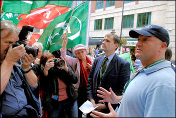 Bob Crow, RMT general secretary, speaks to the press during the Metronet strike in September 2007, photo Paul Mattsson