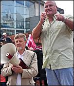 Bob Crow, Railway workers union general secretary, RMT, addresses NSSN lobby of TUC, photo Suleman Civi