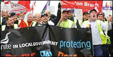 Demonstration in Southampton by Unite and Unison against Tory attacks on terms and conditions and cuts in public services, photo by David Smith