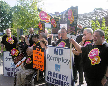 Rmploy workers rallying against closure threat in Sept 2007,photo Chris Moore