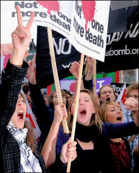 Stop The War Coalition demonstration 8 October 2007, photo Paul Mattsson
