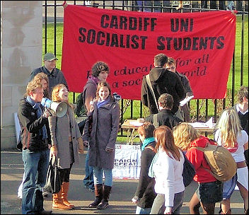 Cardiff Socialist Students campaign, photo Dave Reid