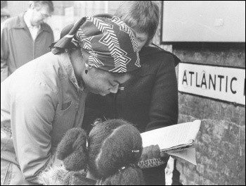 Building support for a socialist response to the repression after the Brixton riots, photo Socialist Party