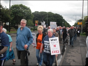 AEI Cables, sacked workers protesting, June 2011, photo Elaine Brunskill