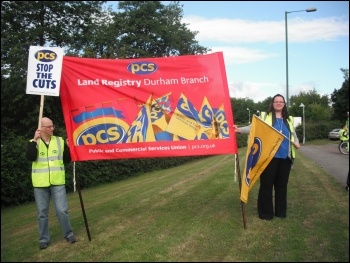 PCS strikers in Durham. photo Elaine Brunskill
