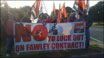 Construction engineers protest after being locked out, Fawley oil refinery