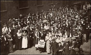 Women workers striking against povety wages in Bermondsey in 1911 , photo TUC library collections