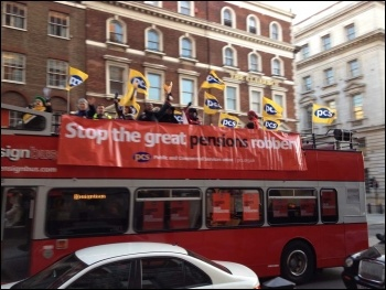 PCS strikers on 30th November, central London, photo Suzanne Beishon