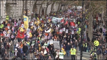 Huge London demo during 30 November public sector strike, photo  Socialist Party