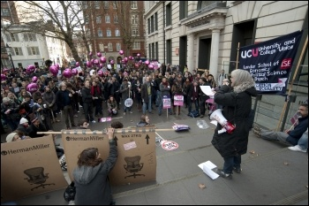 30th November, UCU pickets outside London School of Economics, photo Paul Mattsson, photo Paul Mattsson