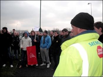 Construction workers' strike on 14 December: Corus Redcar electricians, photo Elaine Brunskill