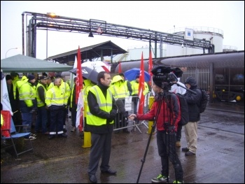 The tanker drivers interviewed by the press, photo Alistair Tice