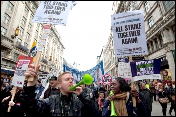 30 November 2011 public sector strike, photo Paul Mattsson