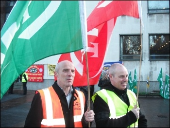 Tyne & Wear Metro, protest of cleaners, 26.1.12, photo by Elaine Brunskill