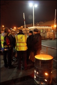 MMP picket line, Bootle, March 2012, photo by Stillshooter