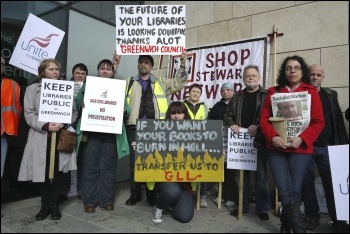 Greenwich libraries strike against privatisation, 27.4.12, photo Paul Mattsson