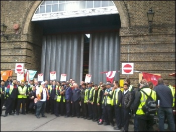 Bus workers picket Bow bus garage, photo by Naomi Byron