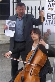 Kazakhstan embassy protest to free Bolat Atabayev, photo Dave Carr