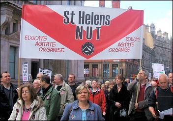 Manchester demo of striking teachers and civil servants, photo Doug Hinsley