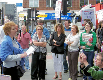 Suzanne Muna speaks to the lobby of Unison disciplinary hearings against four Socialist Party members, photo Alison Hill